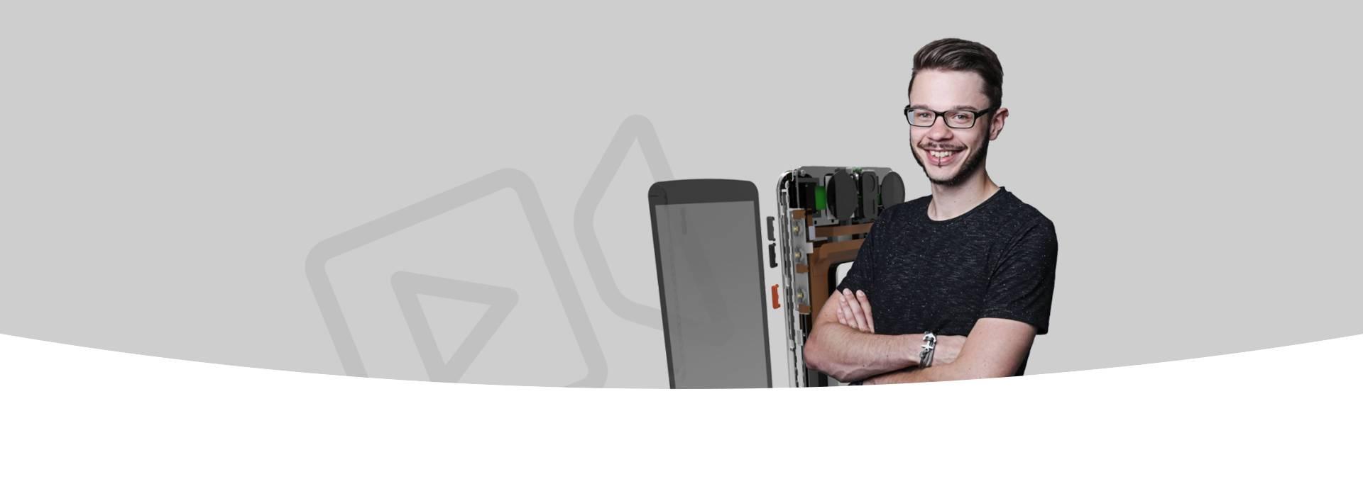 Vorder- und Rückansicht des 3 d Scanners. Im Hintergrund das Logo von Scoobe 3d.